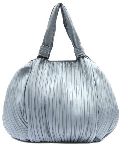 Объемная сумка из кожи на коротких ручках - Общий вид