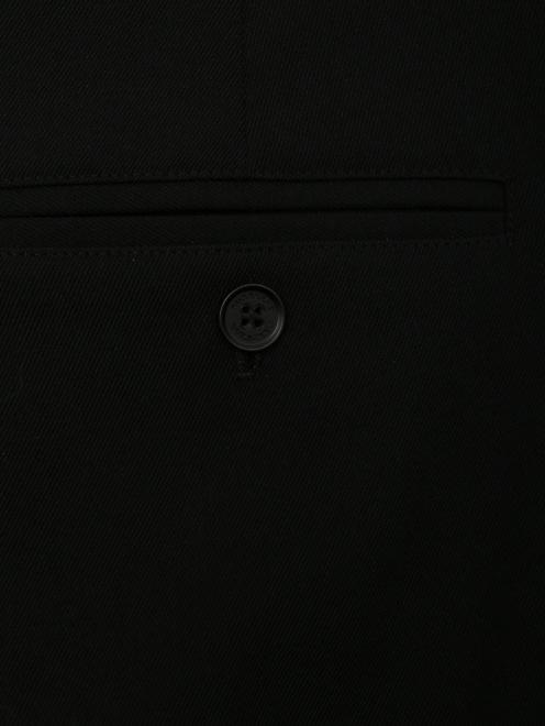 Брюки прямого кроя с лампасами - Деталь1