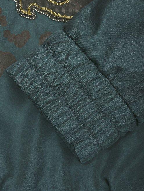 Куртка на молнии с аппликацией - Деталь1