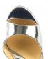 Босоножки из лаковой кожи с устойчивым каблуком декорированным перьями Moschino Couture  –  Обтравка3