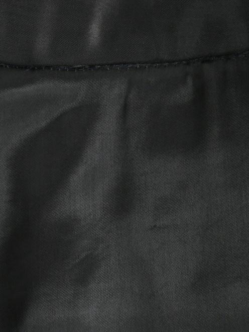 Брюки узкого кроя с карманами - Деталь
