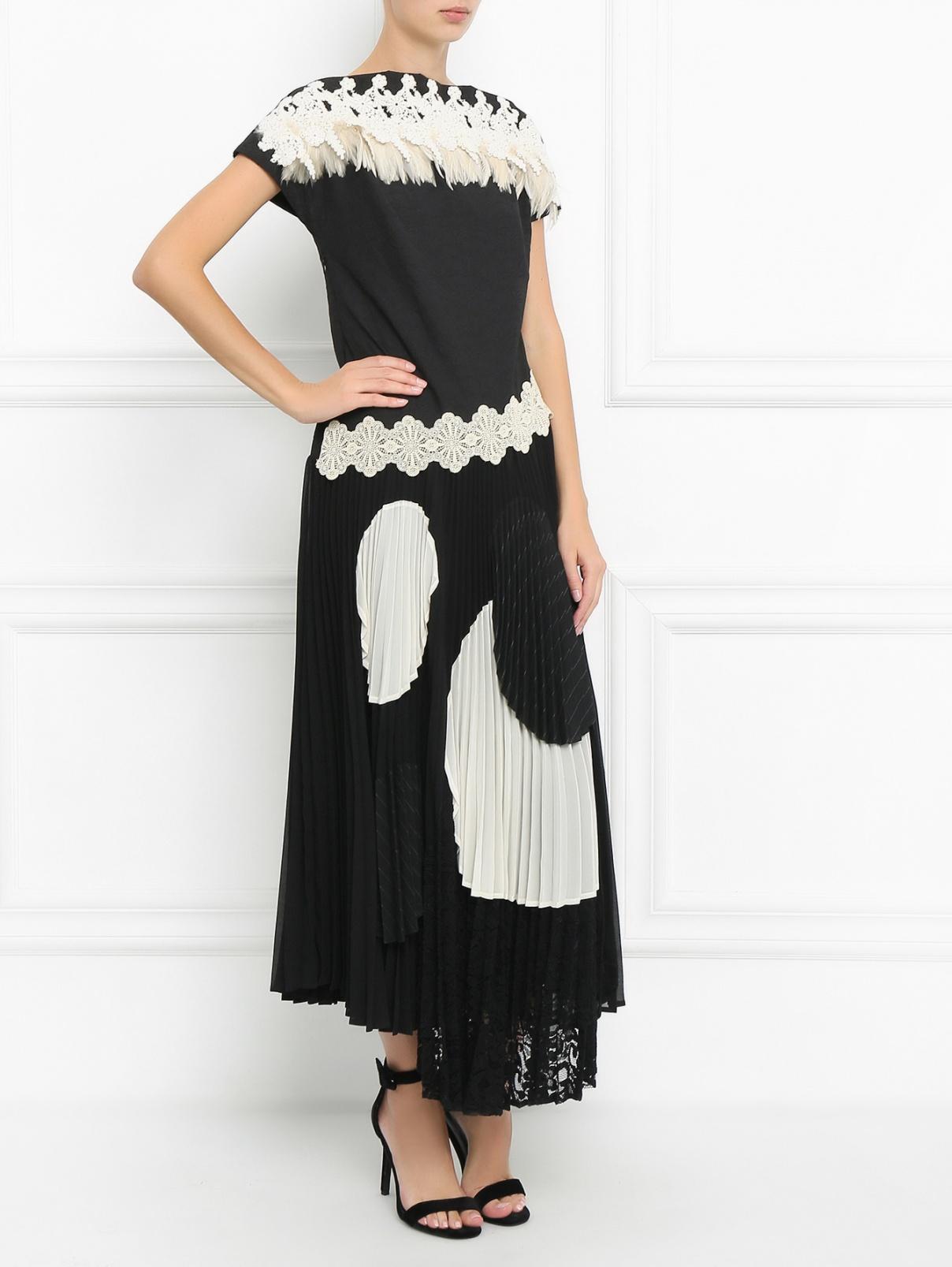 Платье-миди декорированное перьями и кружевом Antonio Marras  –  Модель Общий вид