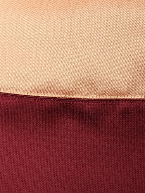 Платье из атласа с отделкой пайетками - Деталь1