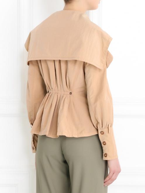 Легкая куртка с карманами  - Модель Верх-Низ1