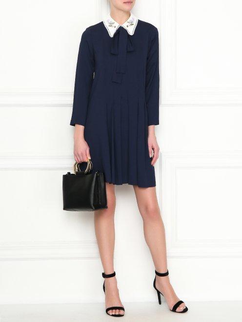 Платье-мини с контрастной отделкой - Общий вид