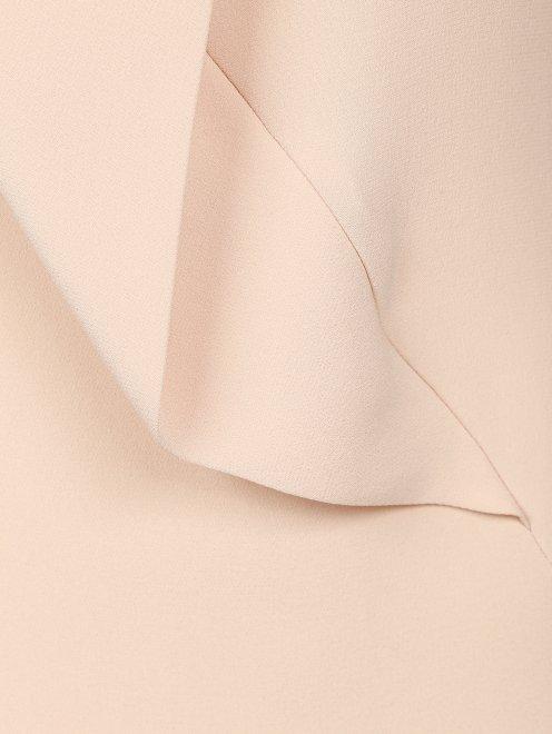 Топ из шелка с драпировкой  - Деталь